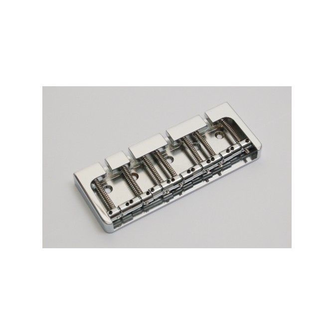Hipshot BStyle 7String .708 Bass Bridge Brass Chrome 18mm Spacing