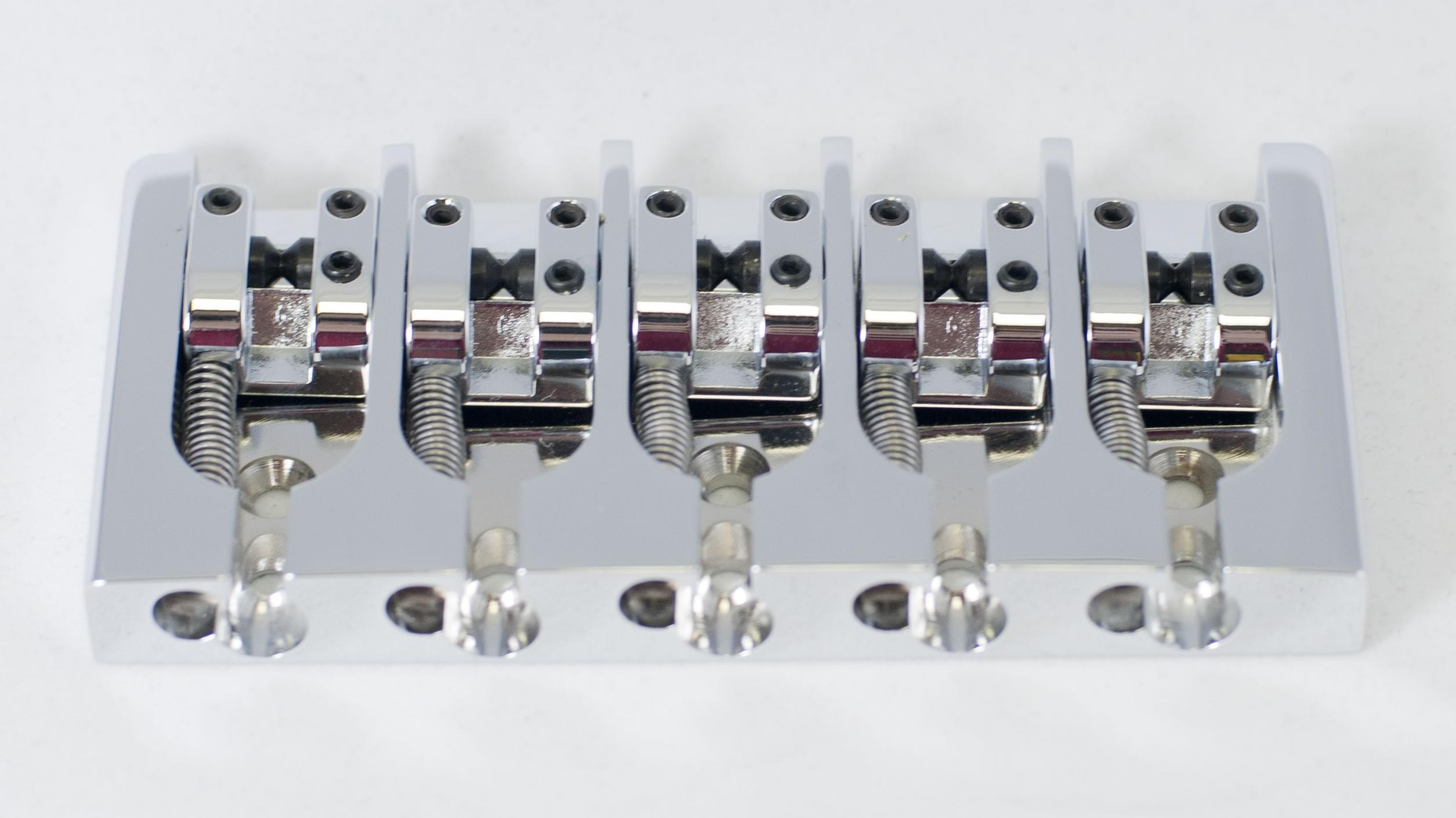 hipshot 5 string a style bass bridge best bass gear. Black Bedroom Furniture Sets. Home Design Ideas