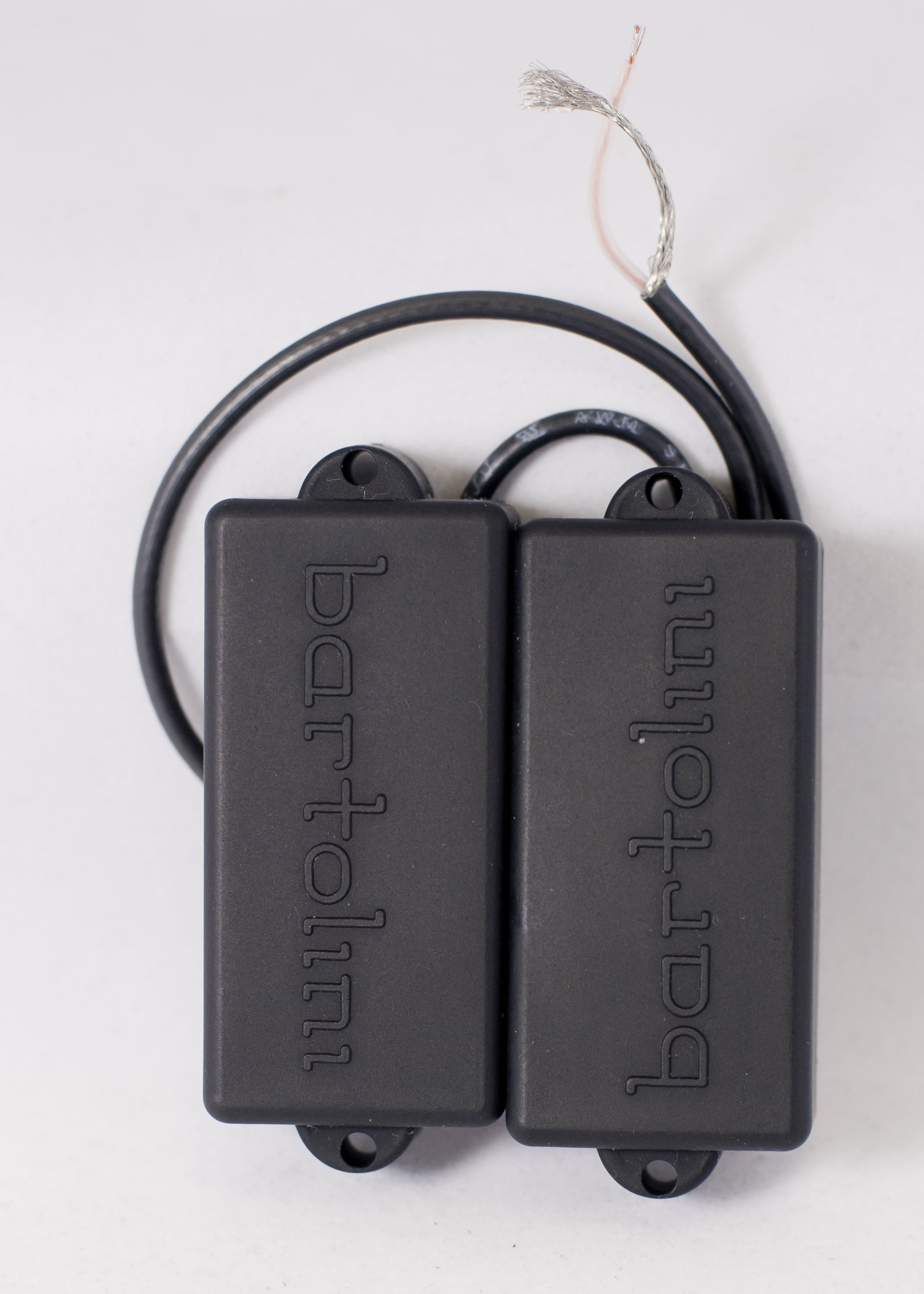 bartolini 8su 4 string p bass pickup deep tone used for pj sets best bass gear. Black Bedroom Furniture Sets. Home Design Ideas