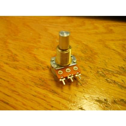 Seymour Duncan 100k linear taper EQ potentiometer with center detent