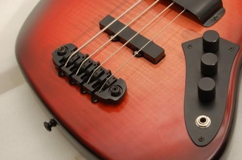 Hipshot 4 String D Style Bass Bridge